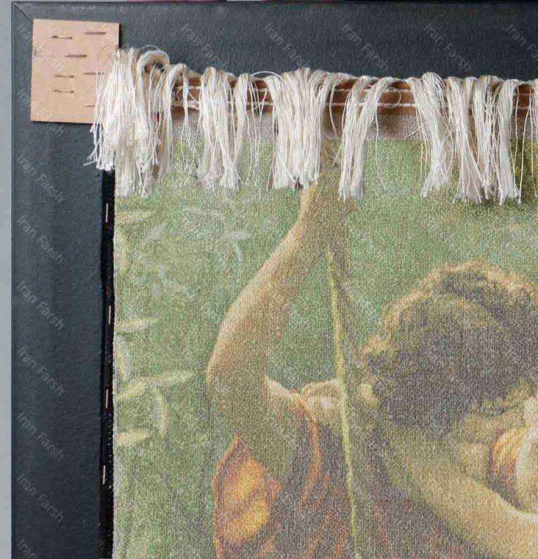 تابلو-فرش-ماشینی-ایران-فرش-در-آغوش-عشق